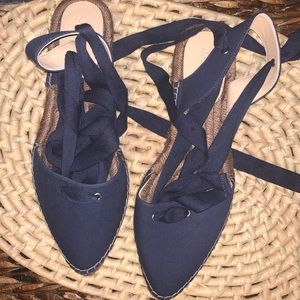 [J. Crew]NWOB canvas lace up pointy toe espadrille